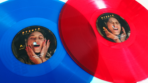 http://astro-chicken.com/stuff/AC08_Blue_Red_Vinyl_500.jpg